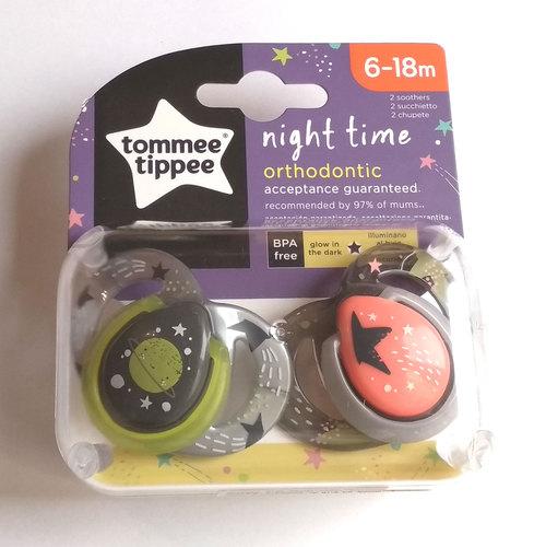 Tommee Tippee Night játszócumi #6-18hó #2db #NeonSpace szürke-fekete #43336285-333629 2019